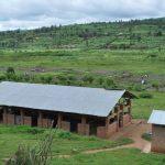 Nur eine funktionierende Landwirtschaft kann die Bevölkerung Ruandas versorgen. Auf den ORA-Farmen lernen wir den Frauen Ackerbau und bilden Jugendliche aus.