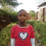Yvette aus Ruanda mit 10 Jahren