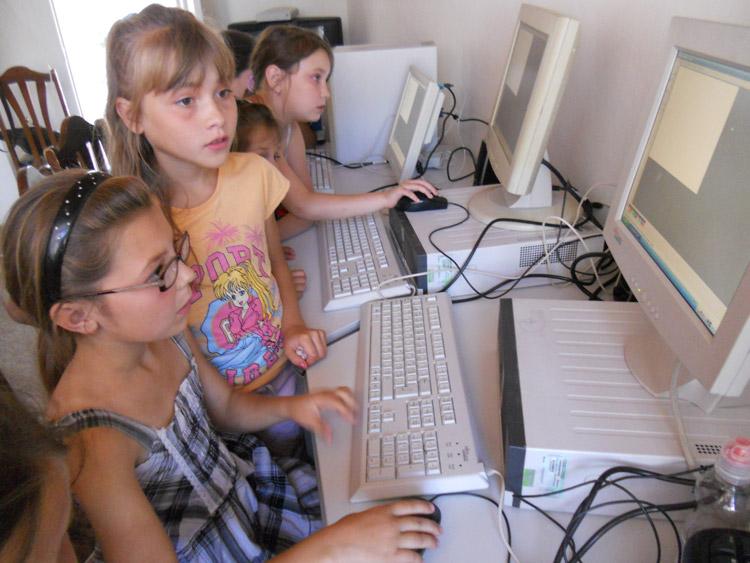 ... und kommen beispielsweise in mehreren Kindertagesstätten für Computerkurse zum Einsatz