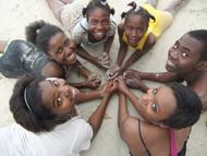Kinder-aus-unserem-haitianischen-Projektort-in-Lougou